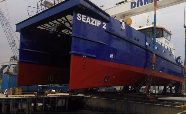 Equipements de Vedettes - Seazip 2 to receive Ocean 3 Bow Fender