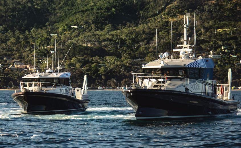 Equipements de Vedettes Ocean 3 -  Patrouilleurs Police du Queensland ORC 170  et ORC 117
