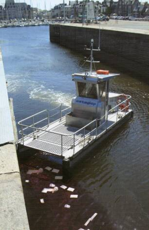 Equipements de Vedettes - Anti Spill Workboat - Cataglop