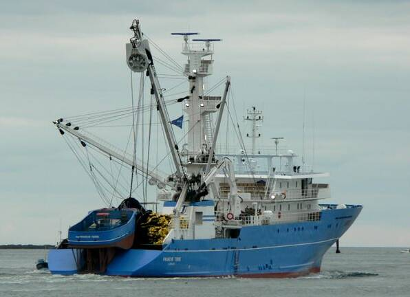 Equipements de Vedettes - Tuna Fishing Vessel